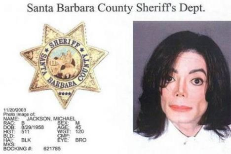 Michael Jackson - 2003 - Çocuk tacizi